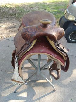 Adult Horse Saddle for Sale in Axtell,  TX