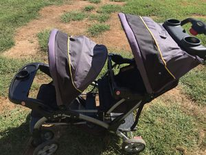 Baby trend double stroller sit n stand for Sale in Nashville, TN