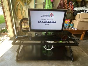 Tv stand and Tv for Sale in Carrollton, TX