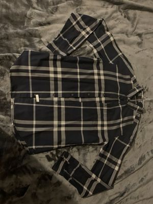 Burberry shirt for Sale in Redwood City, CA