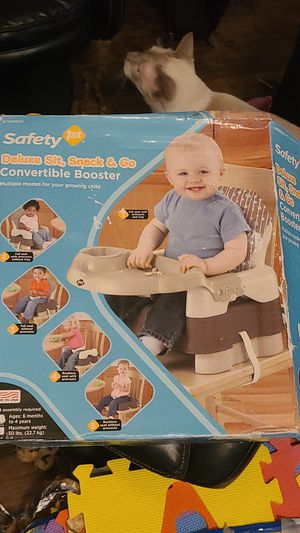 Deluxe Sit, Snack & Go Convertable Booster Seat for Sale in Dallas, TX