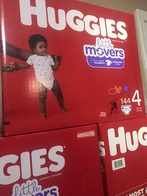Huggies little movers size 4 $33 cada caja precio firme for Sale in Santa Ana, CA