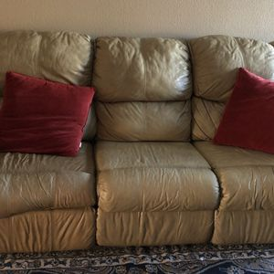 Leather Reclining Coach and Loveseat for Sale in Abilene, TX