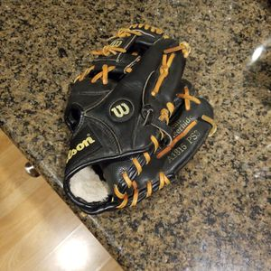 Wilson Baseball Glove for Sale in Redmond, WA