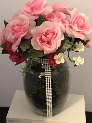 Pink faux flora arrangement. for Sale in Trenton, NJ