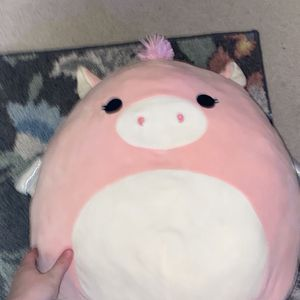 Big Pink Pegasus Squishmallow Brand New for Sale in Albuquerque, NM