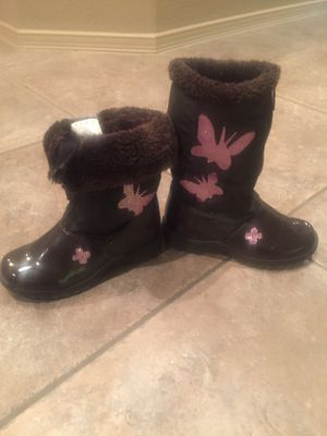 Totes brand Snow Boots - Girls Size 2 for Sale in El Paso, TX