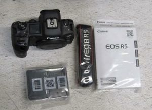 Canon EOS R5 Mirrorless Digital Camera for Sale in Newark, NJ