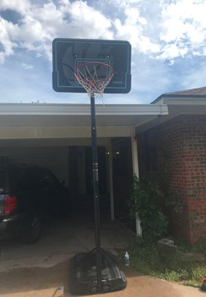 Lifetime basketball hoop for Sale in Oklahoma City, OK