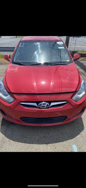 2012 Hyundai Accent Red for Sale in West Orange, NJ