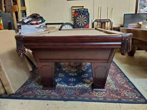 8Ft Brunswick pool table for Sale!! for Sale in Houston, TX
