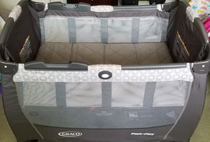Graco Pack n Play Snuggle Suite LX for Sale in Rockville, MD