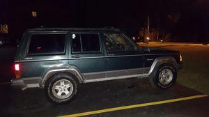 Jeep Cherokee xj for Sale in Mundelein, IL