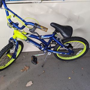 Kids Bike For 5 To 7 Year Old for Sale in Chicago, IL