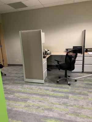 Office furniture for Sale in Lynnwood, WA