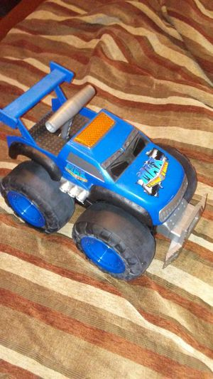 Max tow truck for Sale in Madison Heights, VA