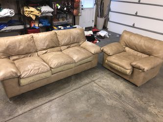 Brown leather couch sofa loveseat love seat set DELIVERY AVAILABLE FOR EXTRA for Sale in Moon Township,  PA
