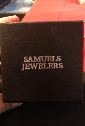 Diamond Earing for Sale in Los Angeles, CA