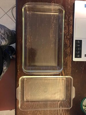 Glass Pyrex baking dishes for Sale in Fresno, CA