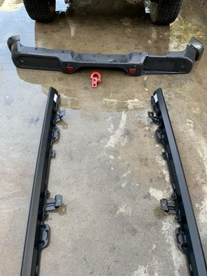 Jeep Wrangler mopar parts, factory front & rear bumper, factory side guards for Sale in Dinuba, CA