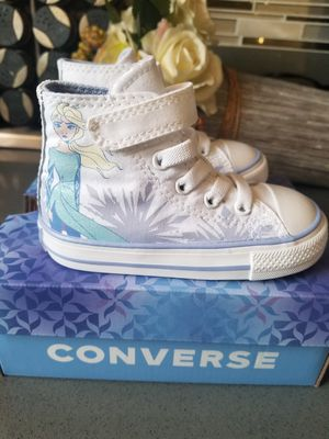 Toddler Girls Converse x Frozen 2 Chuck Hi Top Size 6 for Sale in City of Industry, CA