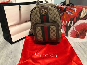 Gucci backpack for Sale in Anaheim, CA