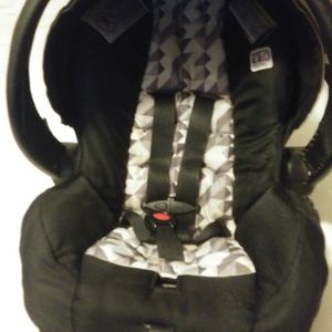 Infant Carseat for Sale in Washington, PA
