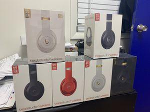 Beatles studio3 wireless for Sale in Miami, FL
