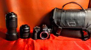 Nikon camera D3100 LEND 55-200 CASE. & TRIPOD for Sale in Placentia, CA