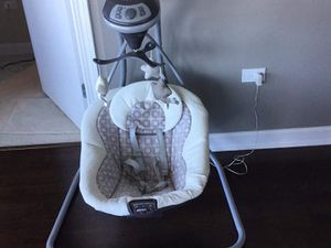 Graco Simple Sway Swing for Sale in Chicago, IL