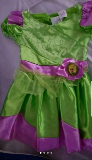 Size 5 tinkerbell costume for Sale in Warren Park, IN