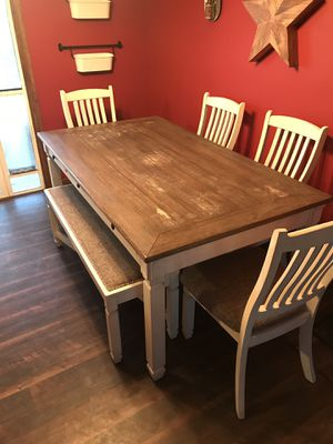 Farmhouse kitchen table set for Sale in Syracuse, UT