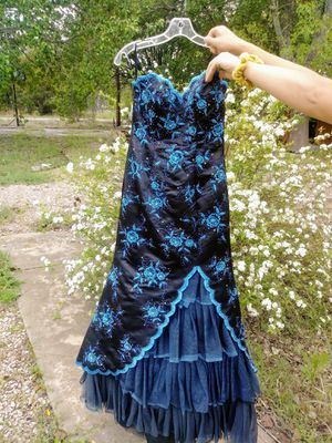 EXCITE MERMAID PROM DRESS (6-8) for Sale in Liberty Hill, TX