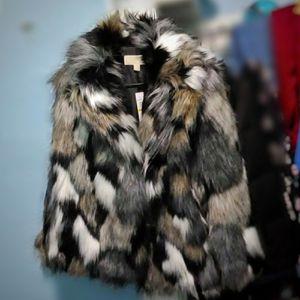 Michael Kors Faux Rabbit Fur Coat (Ladies M) for Sale in San Francisco, CA