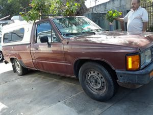 Toyota pickup 86 for Sale in Fremont, CA