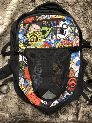North Face Recon Backpack for Sale in Plymouth Charter Township, MI