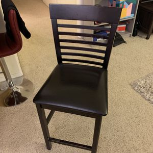 A bar stool, in excellent condition, Size 38 inches x 17 inches x 17 inches, Now for Only $20! for Sale in Los Angeles, CA
