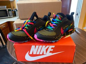 Women's Nike airmax size 7 ,7 1/2,8 and 8 1/2 for Sale in Baltimore, MD