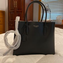 Kate spade Purse for Sale in Parkland,  WA