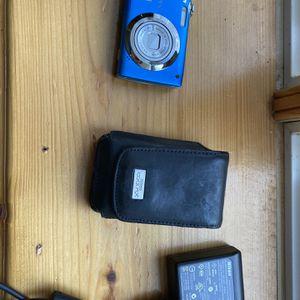 Nikon Coolpix Camera 12mp for Sale in Gainesville, VA