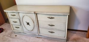 5 piece bedroom set for Sale in Pittsburgh, PA