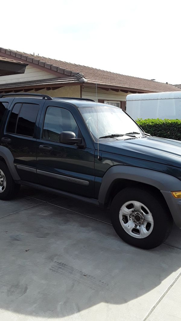 2005 Jeep Liberty 3.7L 4x4 with new pads all wheels with tags until November 2020, no accidents , no engines light,clean title,oil changed.