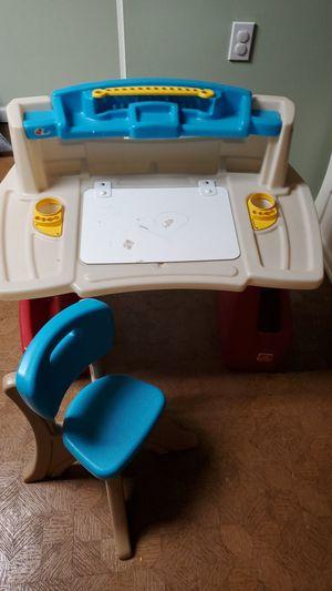 Kids Art Desk for Sale in Warren, MI