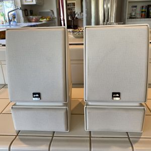 Polk Shelf Wired Speakers for Sale in Carlsbad, CA
