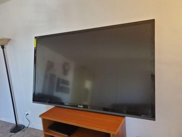 Sharp 80 inchs tv