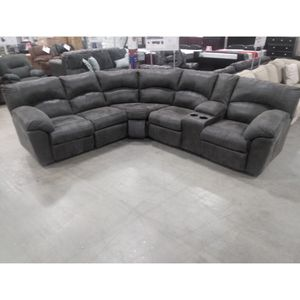 Brand New Reclining Sectional Available For Immediate Delivery for Sale in Massapequa, NY