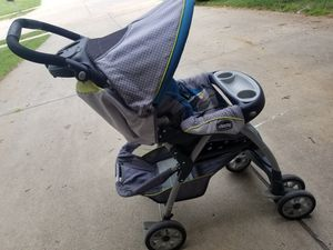Chicco Stroller, Carseat & Base for Sale in Omaha, NE