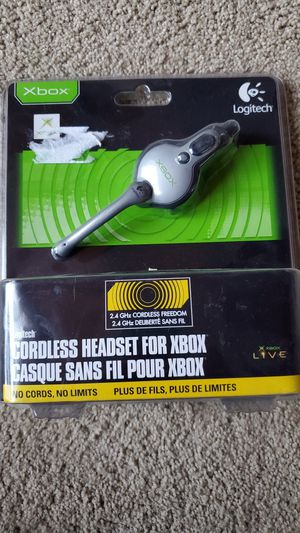 Xbox orginal cordless headset from logitech for Sale in Hayward, CA