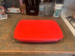 Pyrex Covered 9 x 13 for Sale in Leicester, MA