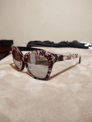 Gucci Sunglasses for Sale in Palm Springs, CA